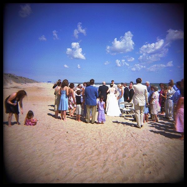 holga_wedding_corolla_2