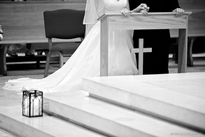 14-holy-trinity-norfolk-virginia-wedding