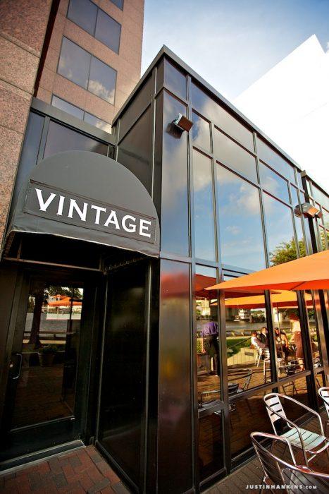 21-vintage-kitchen-norfolk-virginia-wedding-reception