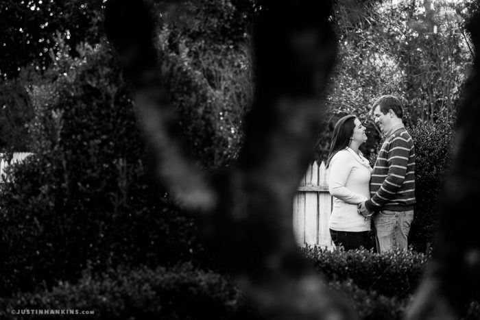 colonial-williamsburg-engagement-photos-11