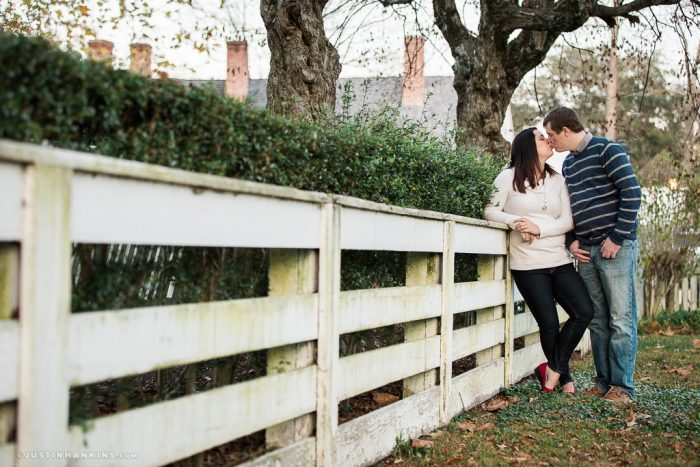 colonial-williamsburg-engagement-photos-19