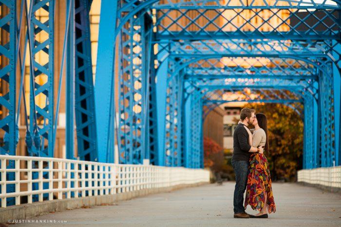 blue-bridge-engagement-photos-01