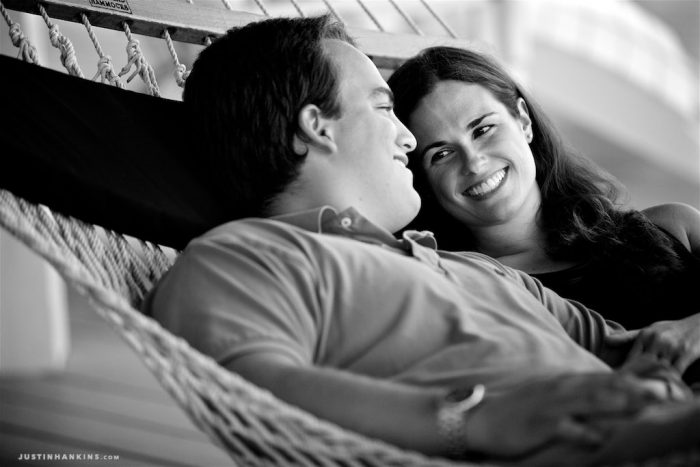 casual-engagement-photos