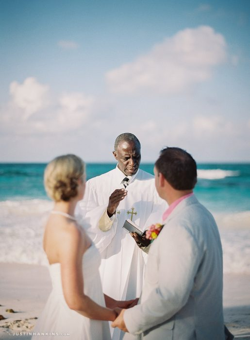 eleuthera-wedding-officiant