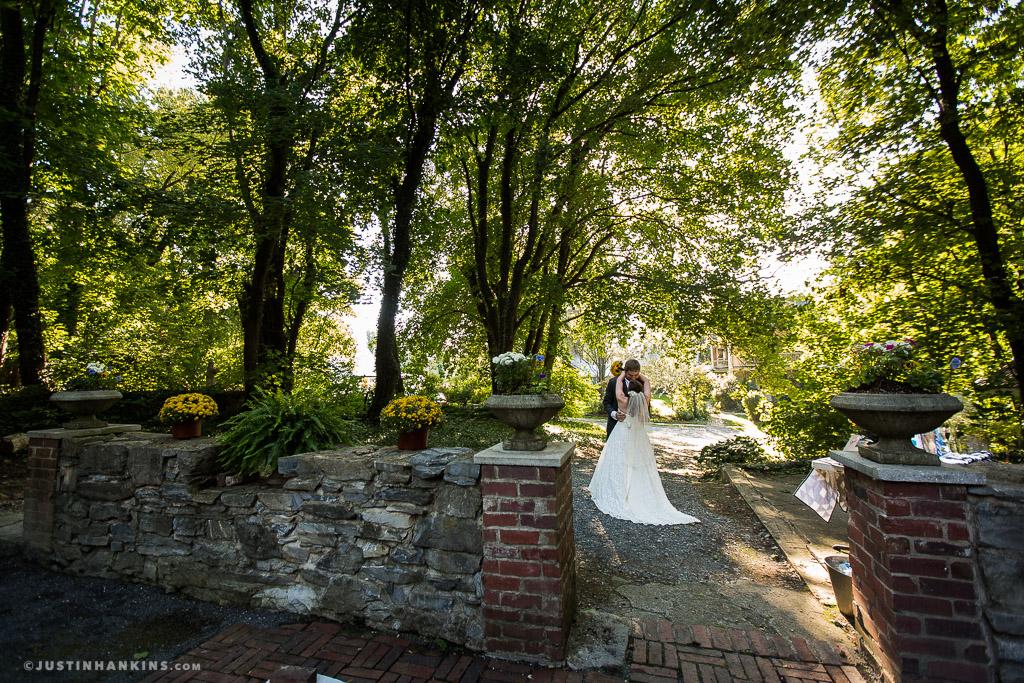 Fallen Tree Farm Bed & Breakfast Wedding