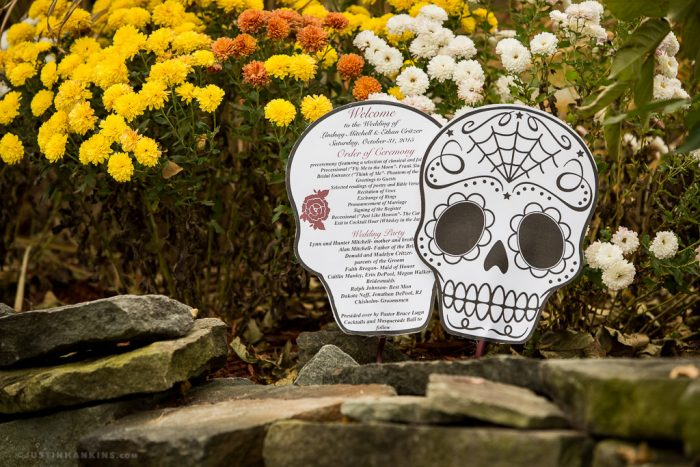 halloween-themed-wedding-details