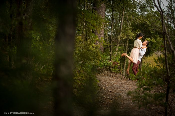 romantic-engagement-photos-01
