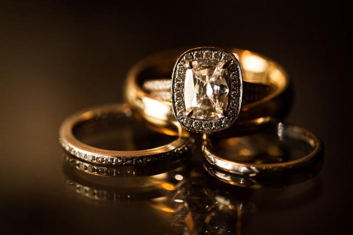 elegant-vintage-wedding-ring