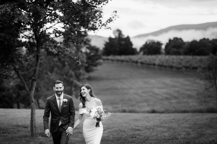 Bride & Groom at Charlottesville Vineyard